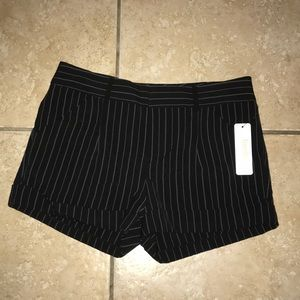 Laundry by Shelli Segal Shorts Size 6 NWT